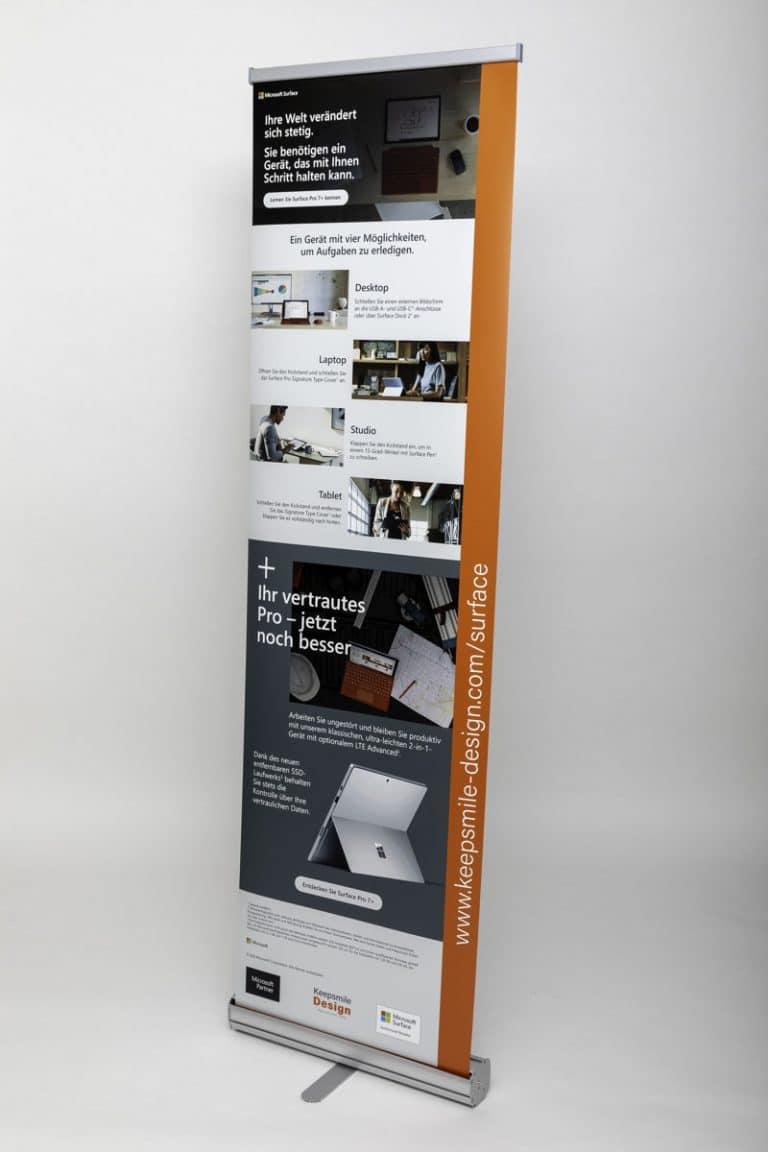Vorderseite Roll-Up Bannerdisplays bei Keepsmile Design Ruhrgebiet