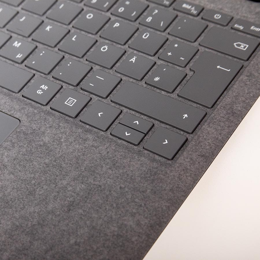 Microsoft Laptop 4 mit Alcantara Tastaturfeld kaufen bei Keepsmile Design, Castrop-Rauxel (Ruhrgebiet)