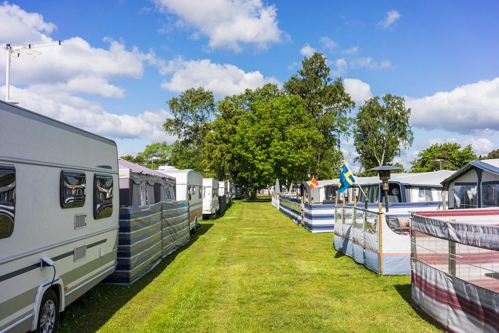 Wohnwagen auf Campingplatz - Website-Angebot von Keepsmile Design, Castrop-Rauxel