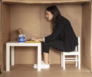 Arbeiten im Homeoffice auf kleinstem Raum mit Surface und Keepsmile Design